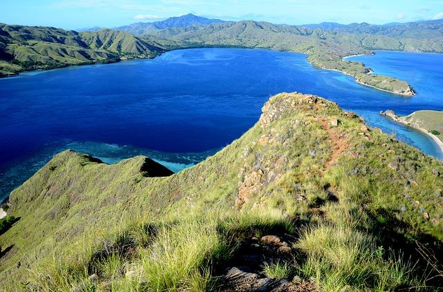 die zu Indonesien gehörige Insel Komodo
