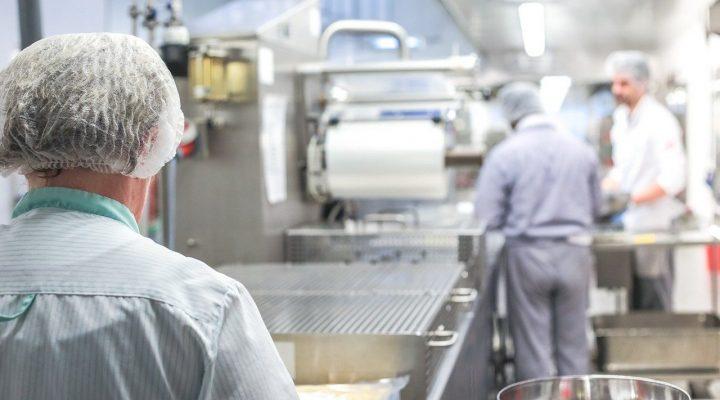 Großküchenreinigung nur vom Profi machen lassen